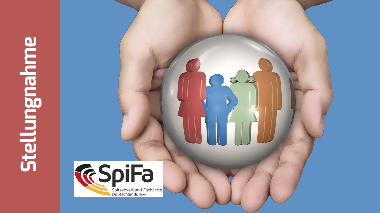 2 Hände halten schützend eine Kugel, auf der stilisiert eine Familie abgebildet ist. SpiFa-Logo und Schriftzug: Igel Stellungnahme
