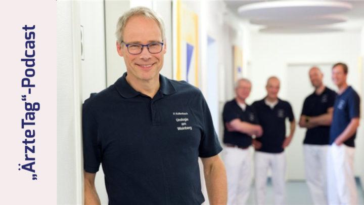 Foto von Dr. Peter Kollenbach in seiner Gemeinschaftspraxis in Kassel. Zusammen mit seinen Kollegen im Hintergrund